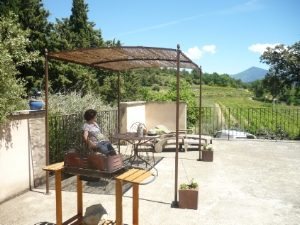 gite-calme-rando-dentelles-montmirail-beauvalcinte-terrasse