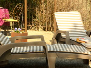 gite-provence-domaine-beauvalcinte-bain soleilP
