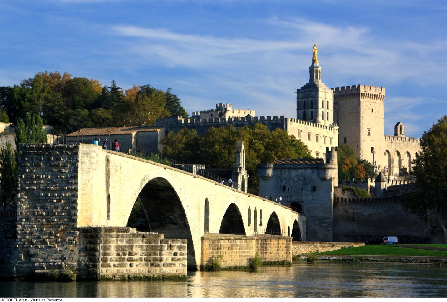 pont d avignon palais de papes