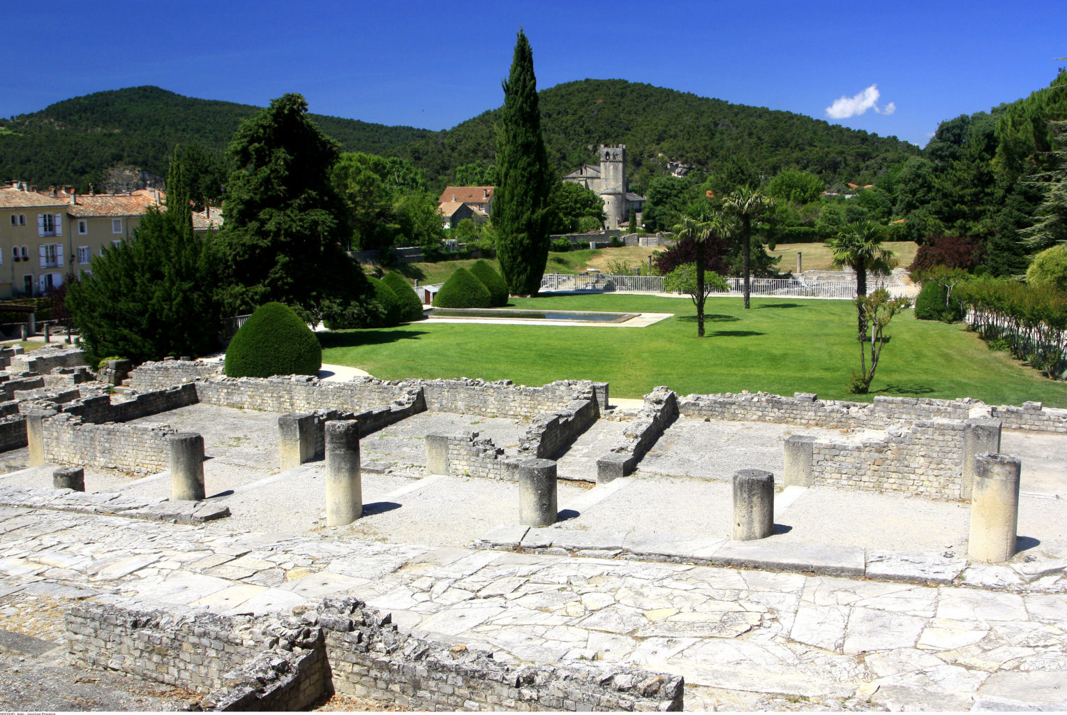 vaison la romaine vestige romain